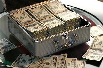 Достаток, деньги в натальной карте: показатели богатства